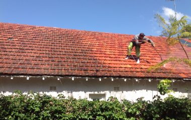 clay roof high pressure roof washing 1