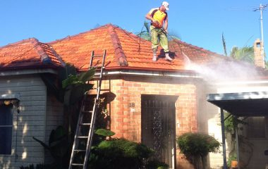 high pressure cleaning at clay roof